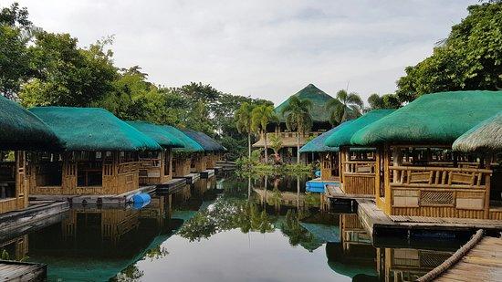 Bay, الفلبين: Kamayan sa Palaisdaan sa bay