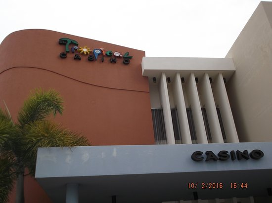 Holiday Inn Ponce & Tropical Casino: Entrance to Tropical Casino, Ponce, P.R.