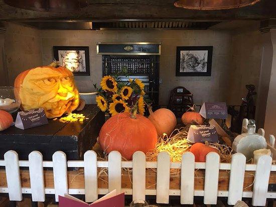 Innkeeper's Lodge Tunbridge Wells, Southborough : halloween