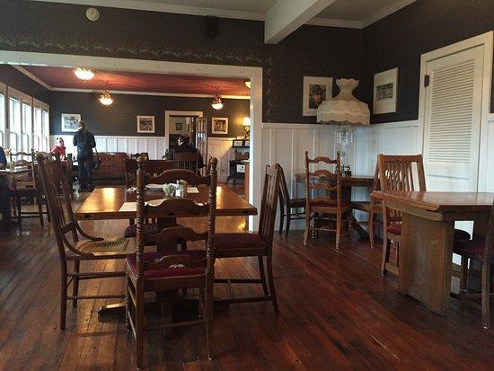 Historic Requa Inn: photo1.jpg
