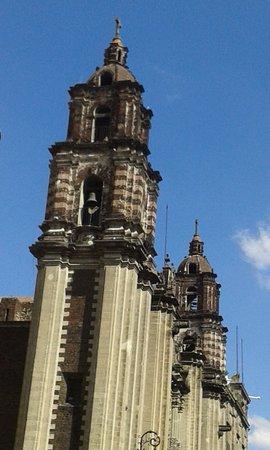 Pinacoteca de la Profesa: Iglesia de La Profesa (también conocida como de San Felipe de Neri).
