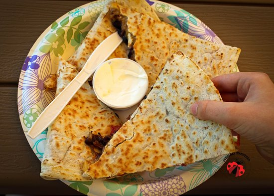 Columbia Falls, MT: Quesadillas that fill a plate