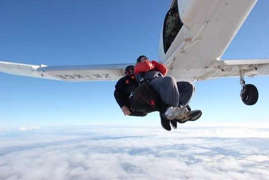 Brackley, UK: Skydive Hinton