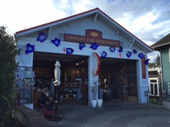 Λάνγκλεϊ, Ουάσιγκτον: The store