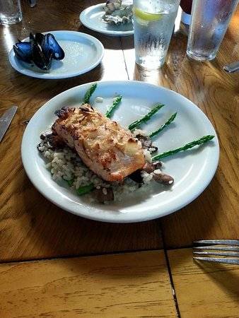 The Brewhouse: Potato Crusted Salmon