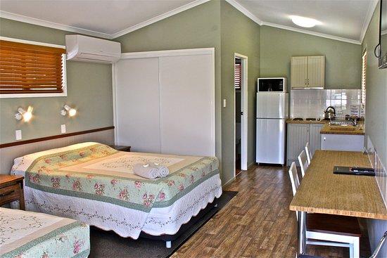 Barcaldine, ออสเตรเลีย: inside villas