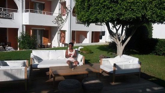 Bitzaro Palace Hotel: The garden