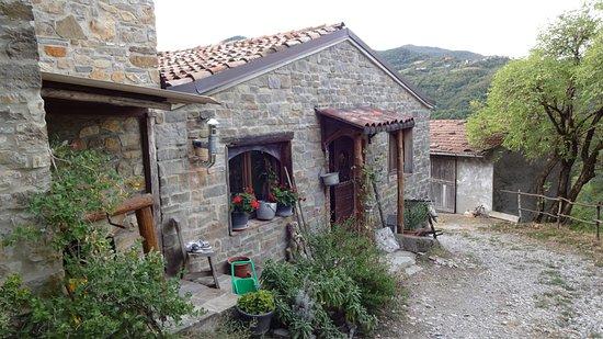 Bettola, Italia: Vista esterna della casa