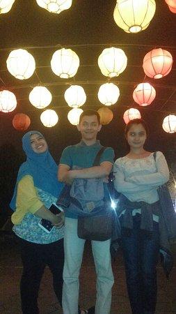Sleman, Indonesien: Aneka Lampion hias ini menjadi favorit pengunjung untuk berfoto