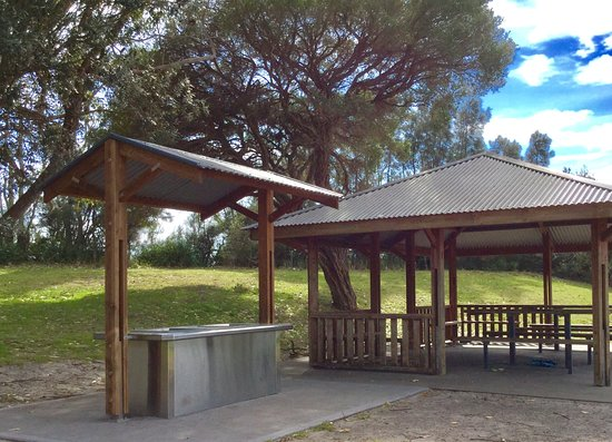 Huskisson, Australien: Picnic area and BBQ