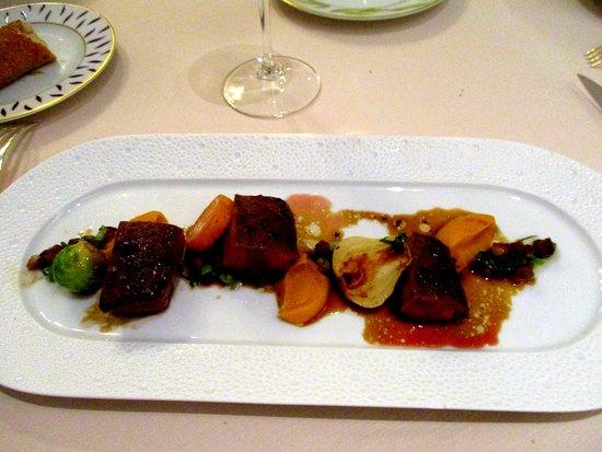 Nieul, Frankrig: magret de canard et ses légumes de saison
