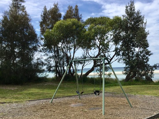 Huskisson, ออสเตรเลีย: Swings