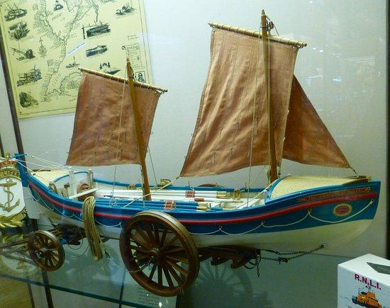 Holyhead Maritime Museum : Lifeboat Model