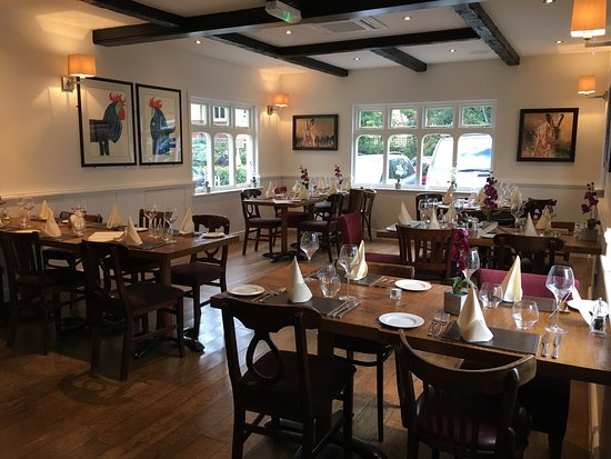 Claygate, UK: The Hare and Hounds