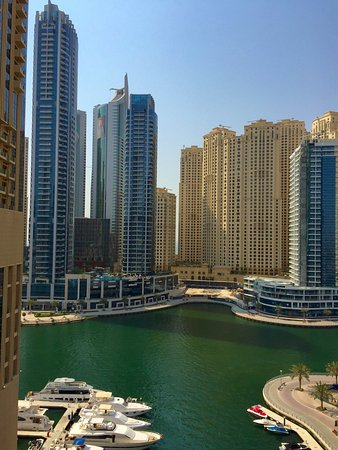 Shades address hotel dubai marina for Address hotel dubai