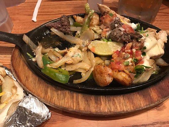 Chili S Grill Amp Bar Carlsbad Menu Prices Amp Restaurant