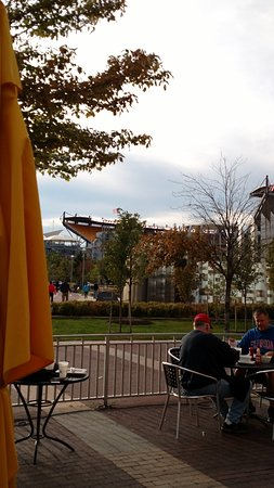Jerome Bettis' Grille 36: Heinz Field from Bettis' Grille patio