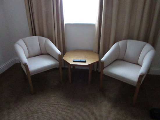Rochford, UK: Seating Area in Room