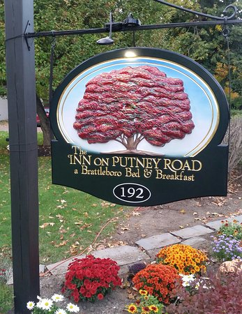 Inn on Putney Road Bed and Breakfast: 20161011_175414-1_large.jpg