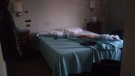 Materasso letto latest materasso design letto con contenitore prezzi per materasso design nae - Materasso divano letto pieghevole ...