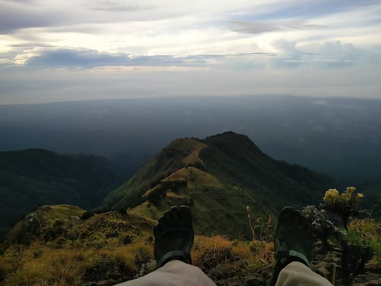 Tetebatu, Indonesia: View from shortly benath Rinjani crater rim