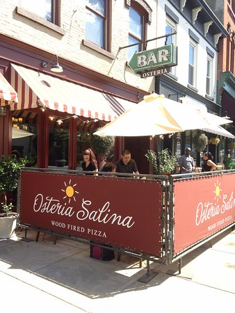Auburn, NY: They offer outdoor dining
