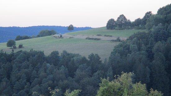 Rothenberg, Tyskland: Uitzicht vanuit kamer met balkon