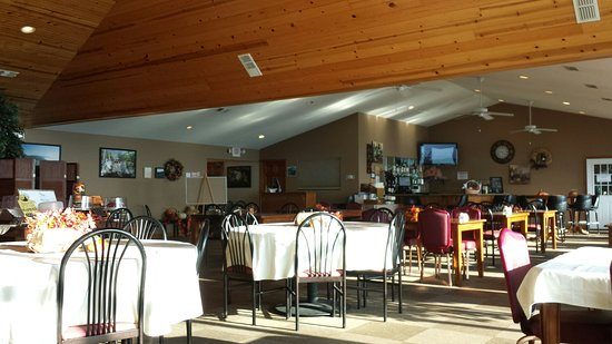 Duff, TN : The dining area