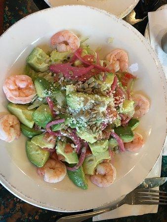 Prior Lake, MN: Shrimp and avocado salad