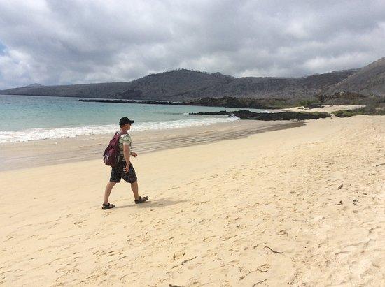 Floreana, Ekuador: The white beach