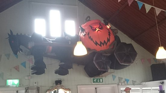 Llanfairfechan, UK: Spooky stagecoach stopping by for refreshments!
