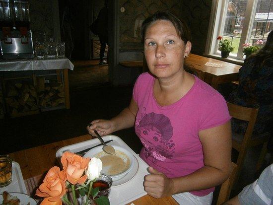 Ljusdal, Swedia: Lunch på restaurang Hembygdsgården.