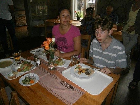 Lunch på restaurang Hembygdsgården i Ljusdal