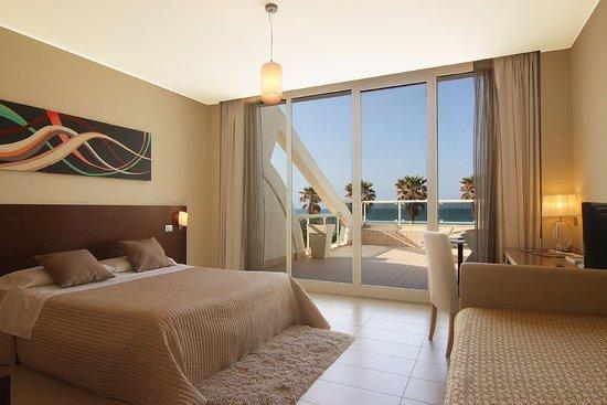 Bett Im Schlafzimmer Design Modern Italienisch Lecomfort , Martur Resort Bewertungen Fotos & Preisvergleich Termoli Italien