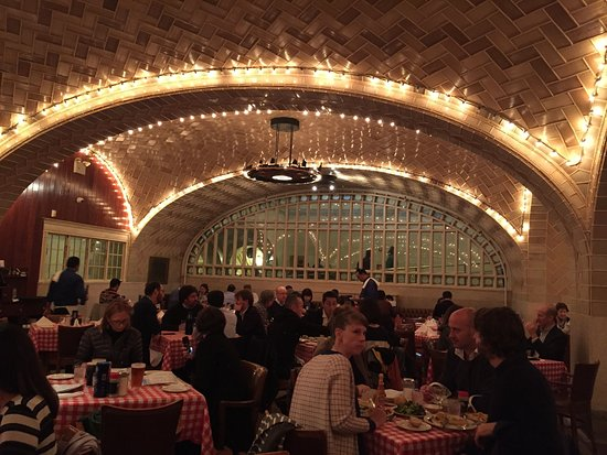 Interieur picture of grand central oyster bar for Bar interieur