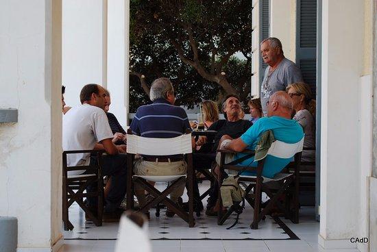 Tinion Hotel: Un lieu de vie