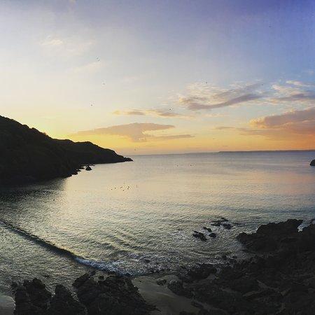 Gambar Hope Cove