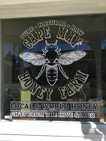 West Cape May, นิวเจอร์ซีย์: The front store logo for Cape May Honey Farm: Local and World Honey