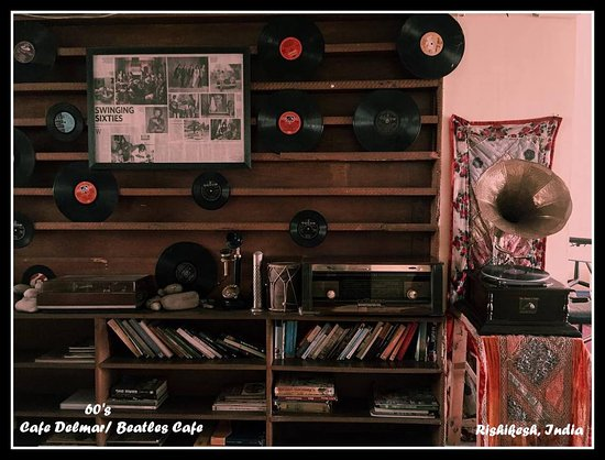 60's (Cafe Delmar/Beatles Cafe): The Music library