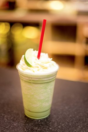 Willows Coffee Shop & Restaurant : Matcha Coconut and Lime Cooler