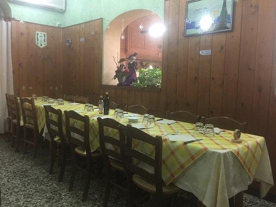 Vaiano, Ιταλία: Inside
