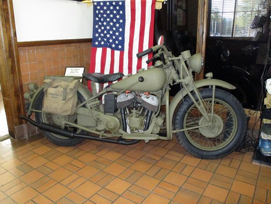Sturgis, Dakota do Sul: Military