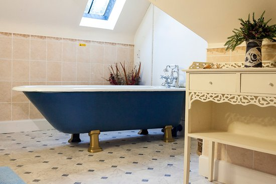 Dulnain Bridge, UK: Original Free standing Bath