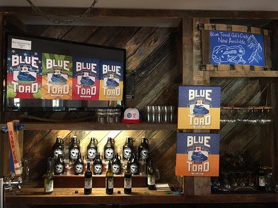 Afton, VA: bar area