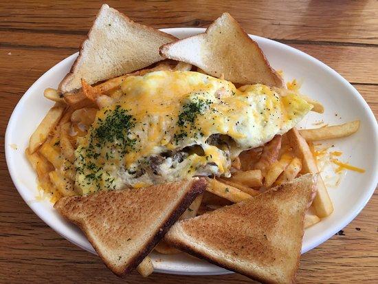Afton, VA: egg, sasuge, and toast plate