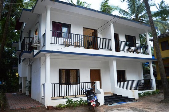 Sabina 39 s guest house goa saligao lodge reviews photos - Guest house in goa with swimming pool ...