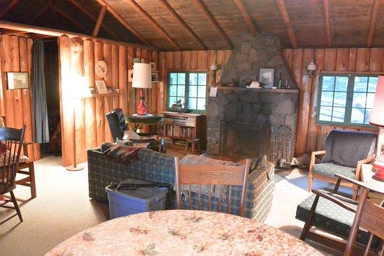 Tofte, MN : Shangri-La living Room