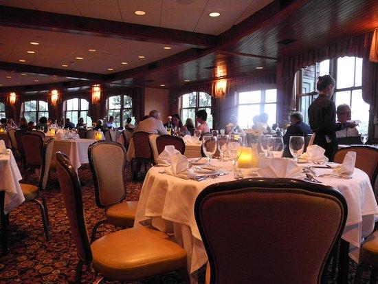 Mohonk Mountain House: Quiet dinner dinning