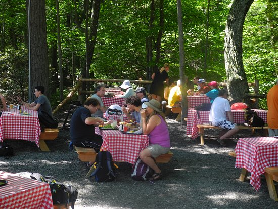 """Mohonk Mountain House: Lunch at """"The Granary"""""""