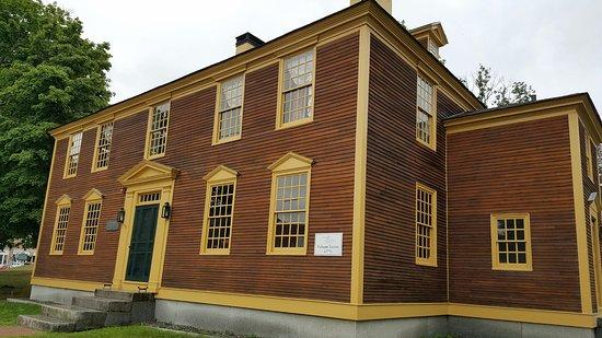 Exeter, Нью-Гэмпшир: Folsom Tavern